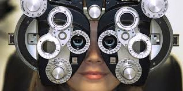 Disera Optical: Eye Exam